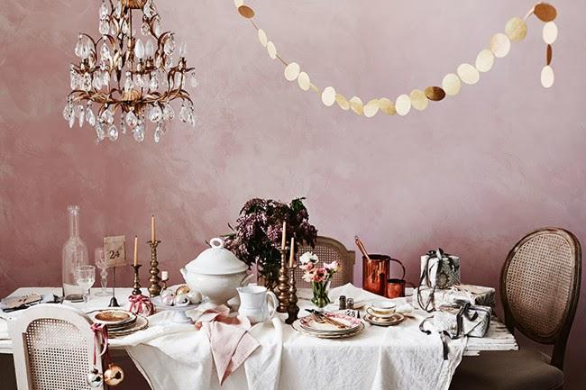 Wigilijna aranżacja stołu