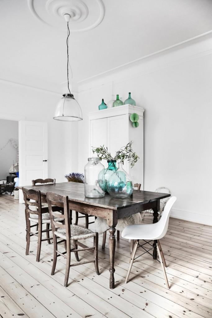 3-oude-houten-eettafel-2