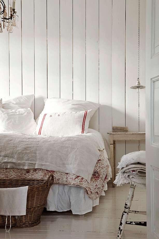 white-bedroom-decorating-ideas